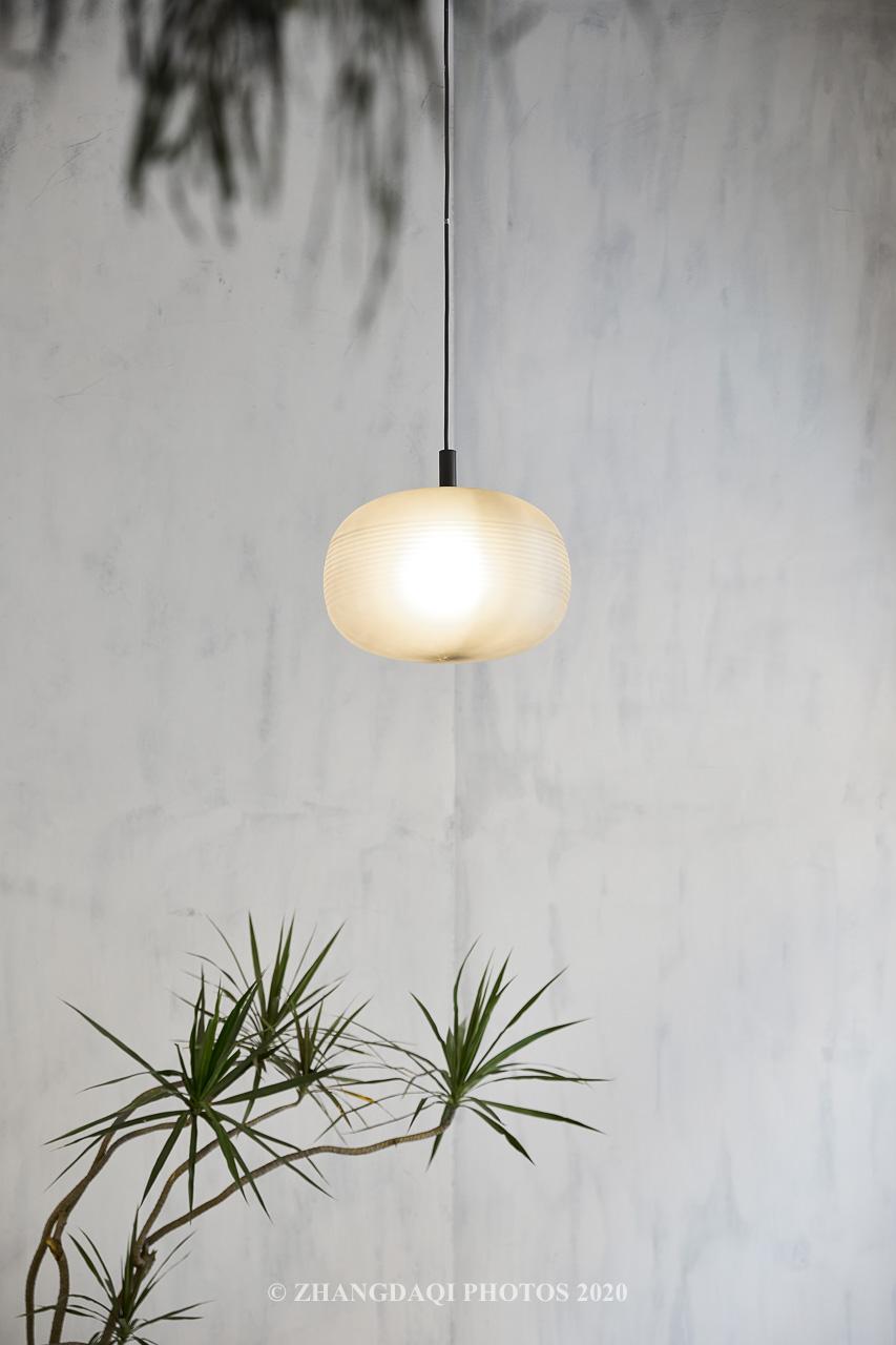 设计师选用的一款吊灯